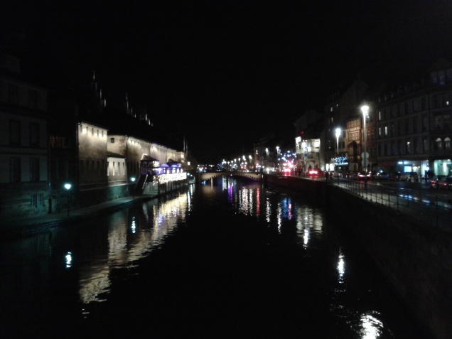 Ponte sul fiume, scatto della prima sera a Strasburgo