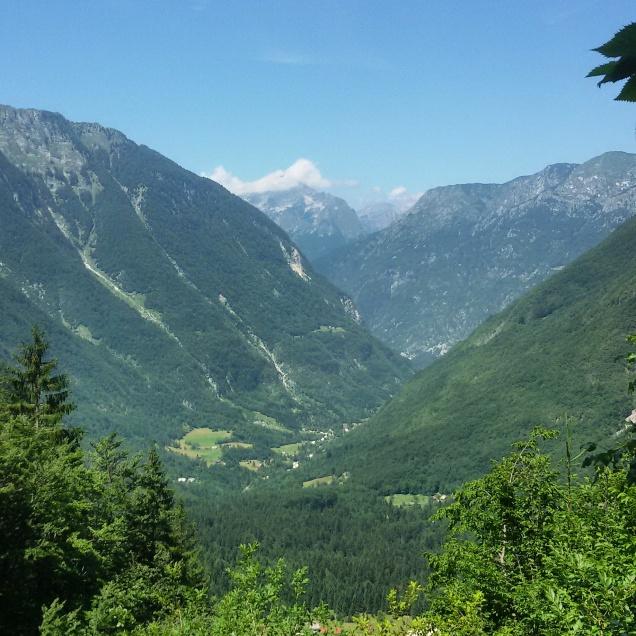 Splendido panorama, godibile dal sentiero per il lago del Krn