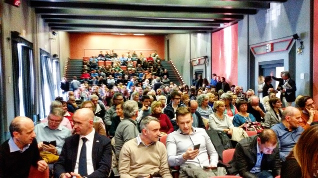 Grande partecipazione del pubblico all'incontro promosso da Fratelli d'Italia