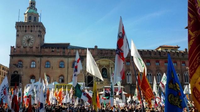 Piazza Maggiore durante i comizi