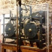 Meccanismo del vecchio orologio della torre