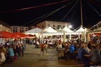 Alpen Fest persone in piazza