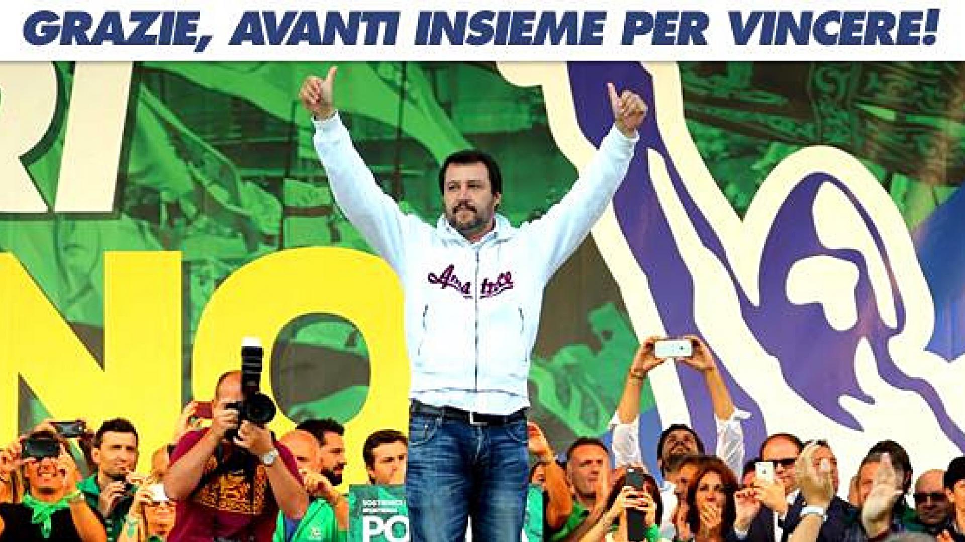 Matteo Salvini sul palco di Pontida