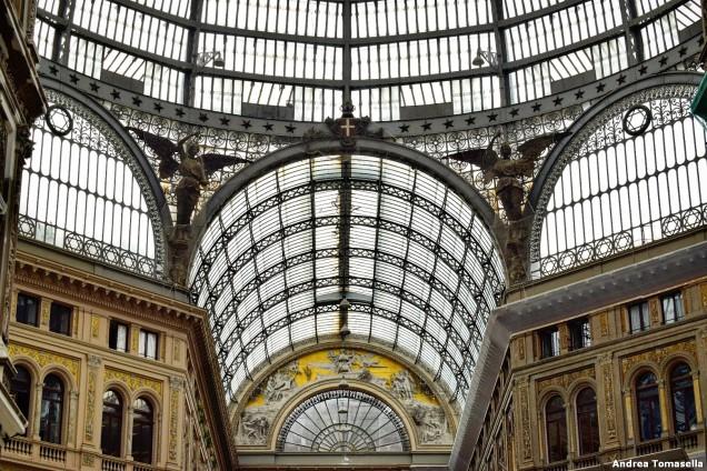 Dettaglio galleria Umberto I