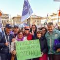 militanti Noi con Salvini fanno foto di gruppo