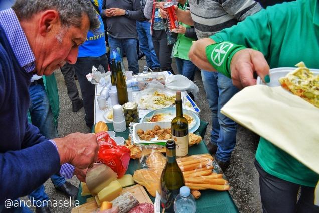 militanti lega nord salame formaggio e peroni